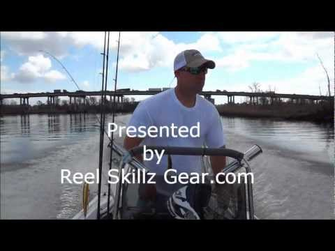 Rigging a popping cork for redfish and trout