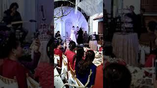 Đoàn Thùy Trang ft Đoàn Thùy Dung song ca Tình yêu màu nắng trong ngày cưới Đặng Phương -Thùy Dung
