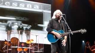 Barry Gibb - Spicks & Specks - Live @ o2 Dublin - 25 September 2013 - Bee Gees