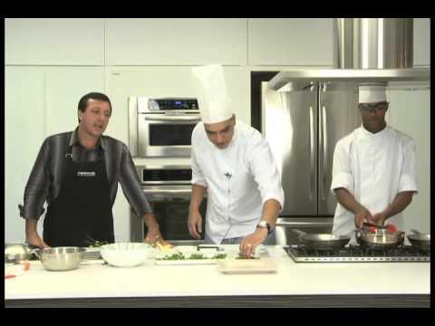 Quadro Gastronômico com o chef do Mendes Plaza Hotel
