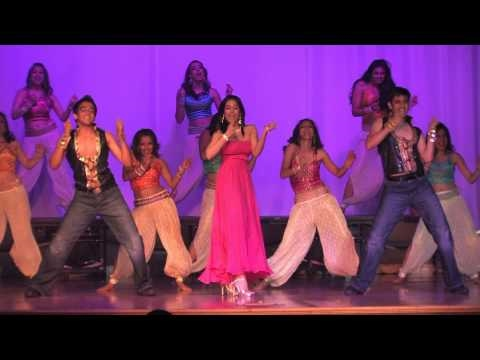 AMRITA RAO PERFORMS AT PRATHAM SF GALA 2010