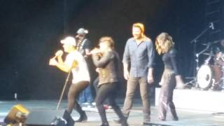 Download Lagu Chris Young, Cassadee Pope, & Dan+Shay in Bakersfield. I'm Coming Over Tour Gratis STAFABAND