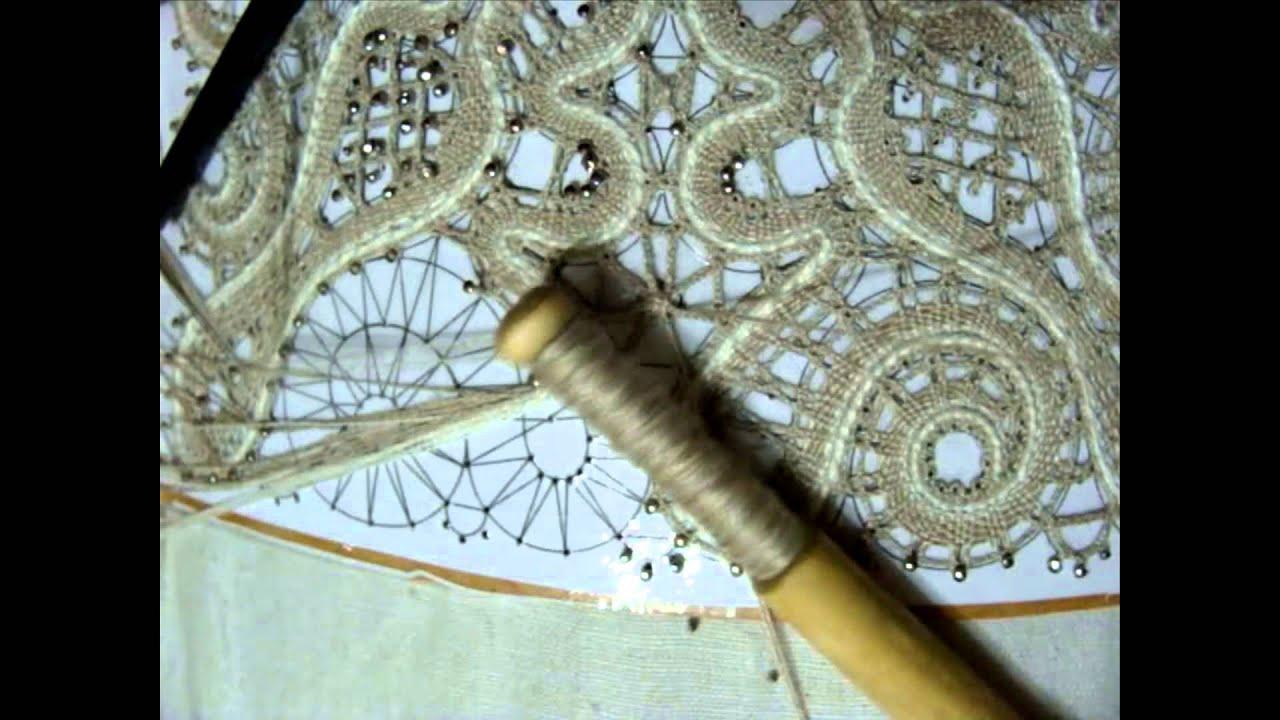 Как сделать зашивку в кружеве на коклюшках