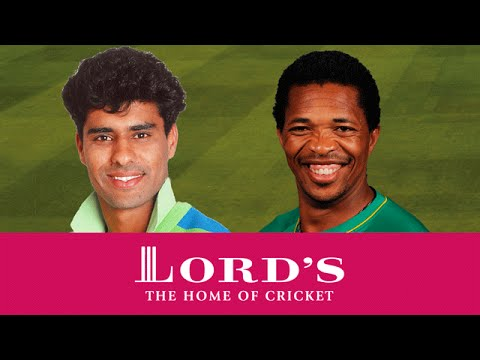 Waqar Younis vs Makhaya Ntini | Who's The Greatest?
