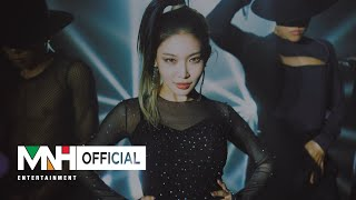 Performance CHG HA 청하 'Dream of You with R3HAB' Performance