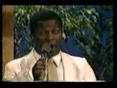 BeBe & CeCe Winans - He'll Be Right There