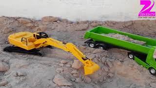 Đồ chơi máy xúc màu vàng xúc cát, xe tải màu xanh chở cát series 6