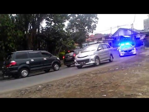 Rombongan Presiden Joko Widodo melewati Tanjungsari, Sumedang
