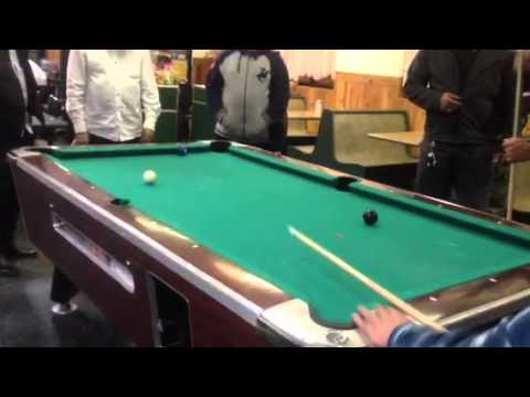 Pakiza Resturent Chicago pool table