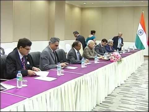 PM Narendra Modi meets Chinese Premier Li Keqiang