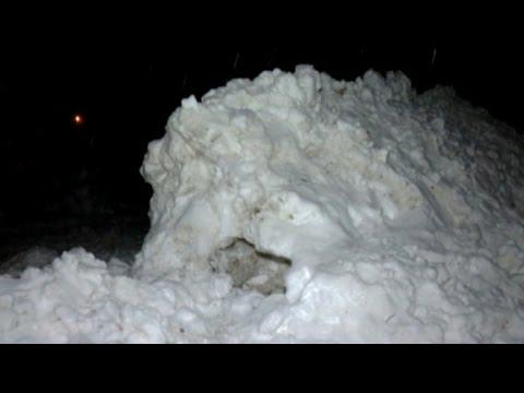 Boy dies building a snow fort
