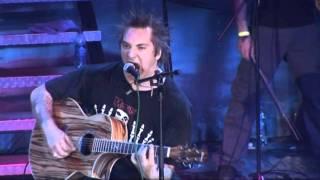 Клип Король равным образом фигляр - Американское MTV (live)