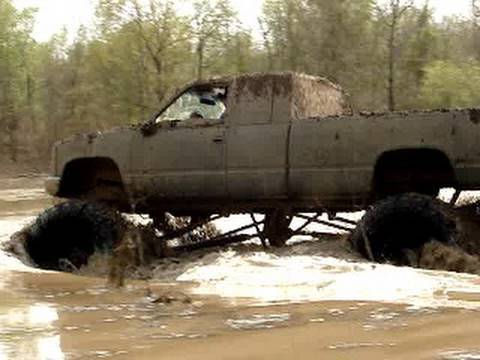 WILD RIDE IN MONSTER MUD TRUCK SILVERADO 4X4 DEEP MUDDIN ACTION Video