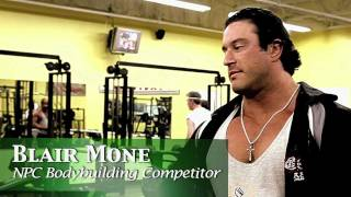 Blair Mone trains his back with MuscleMag