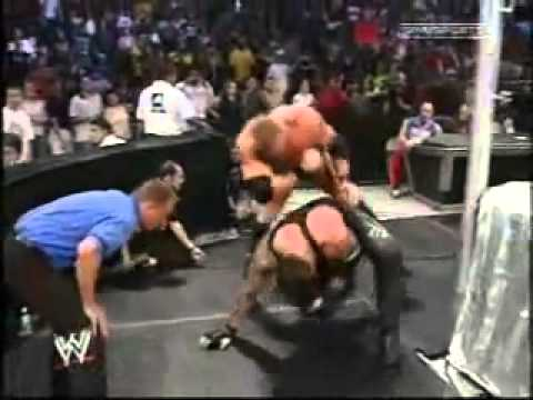 Wwe Smackdown (2003) - Undertaker Vs. Brock Lesnar Vs. Big Show video