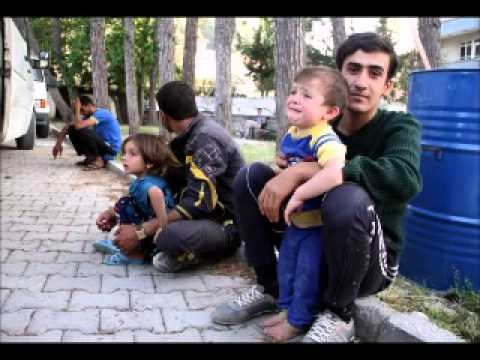 Iraqi refugees arrive in southwest Turkey
