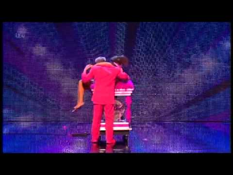 BRITAIN'S GOT TALENT 2013 - STEVIE PINK (ILLUSIONIST)