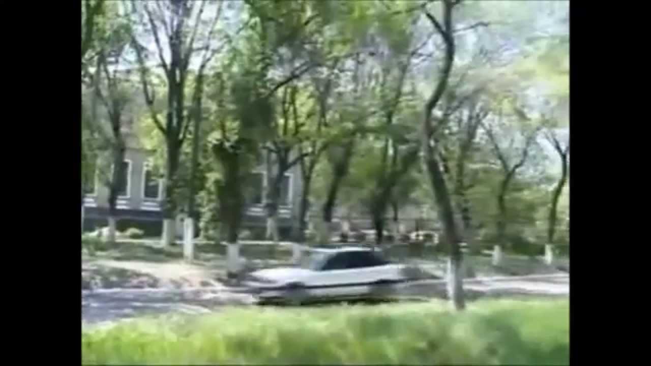 video-muzhchina-ebet-zhenshinu