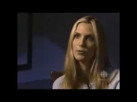 Ann Coulter - How to talk while chewing your tongue off!!!