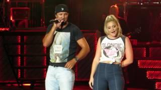 "Download Lagu Luke Bryan ""Country Girl"" Live @ PNC Arts Center Gratis STAFABAND"