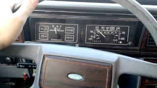 1983 Ford LTD  0-60mph Test - What a Speed Machine