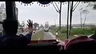Inilah aksi aksi bus jawa timuran waktu buka jalur