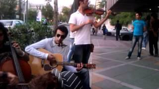 موسیقی خیابانی با حال در ولیعصر تهران.(street music in iran&tehran)