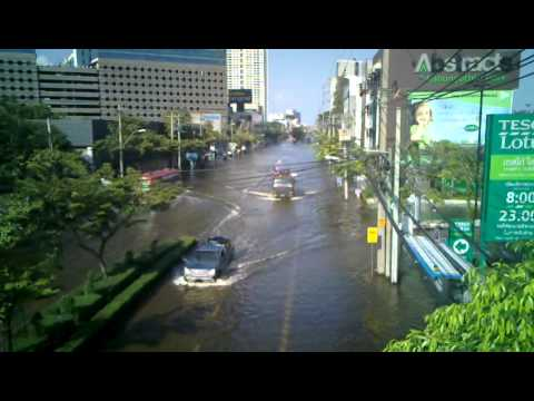 Public transportation in times of floodings