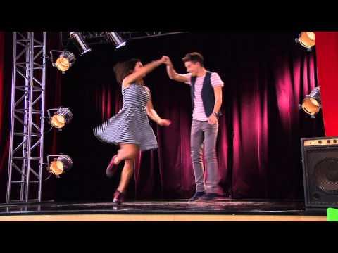 Violetta: Naty y Federico bailan ¨Ser Mejor¨ Ep 70 Temp 2
