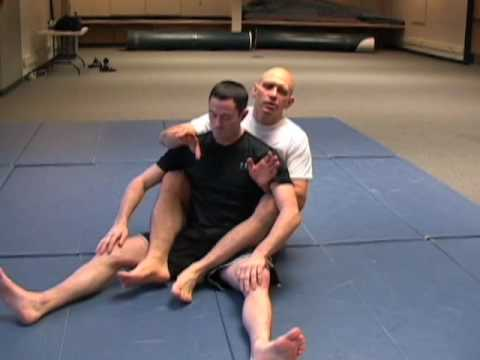 Rear Naked Choke: Three Most Common Errors Image 1