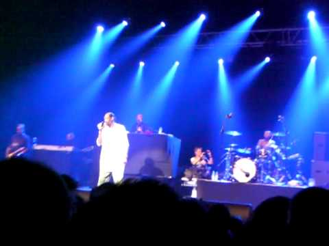 Ole Ole Ole We Are The Champions Hd Live Concert Oosterpoort Groningen Snoop Dog video