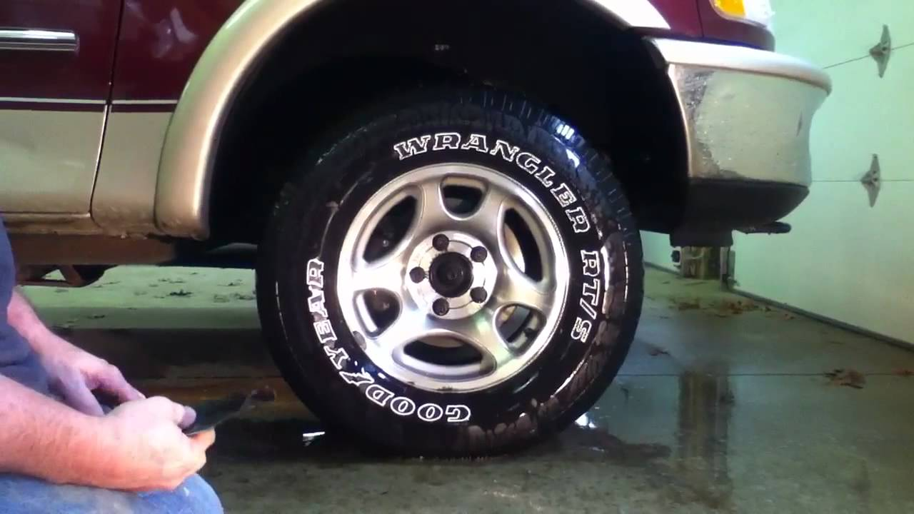 Cleaning White Wall Tires Youtube