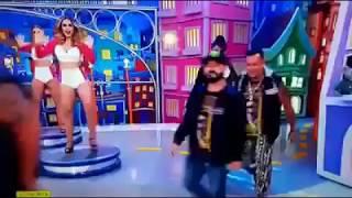 Os Cobras Dance se apresentam no Programa do Ratinho, no SBT