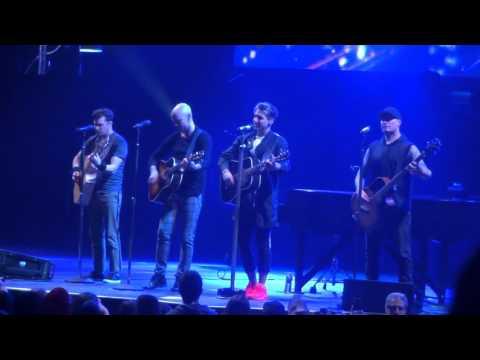 Gunnin' -Hedley Hello World Tour Toronto