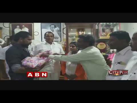 TRS MP Malla Reddy helps to Pregnant woman | Hyderabad