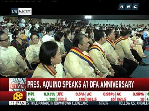 PNoy lauds Del Rosario, DFA employees