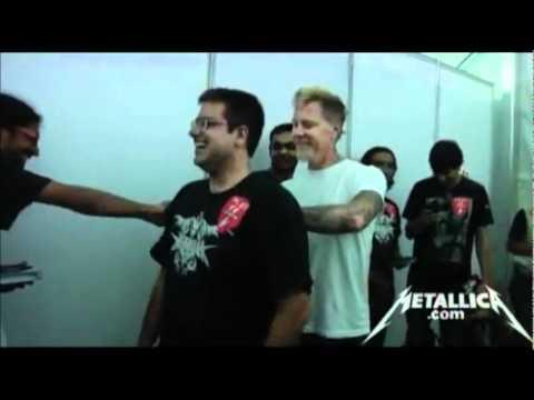 Funny Moment between James Hetfield&his Indian Fan