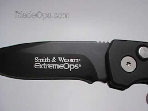 Smith & Wesson Extreme Ops Auto Conversion Knife. Tactical Black Plain Blade sw50b