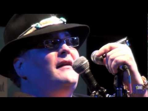 Blues Traveler - The Mountains Win Again