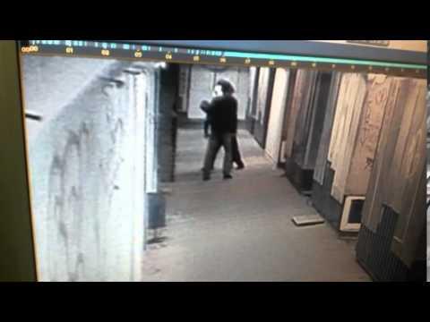 Разбой в подземном переходе на улице Удмуртская в Ижевске