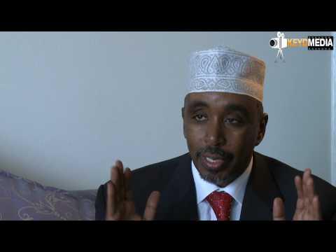 Sharif Hassan oo qirtay aqoon xumadiisa Waagacusub TV