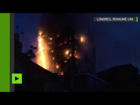 Incendie d'un grand immeuble d'habitation à Londres, plusieurs morts