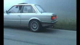 BMW e30 325i  3rd gear burnout