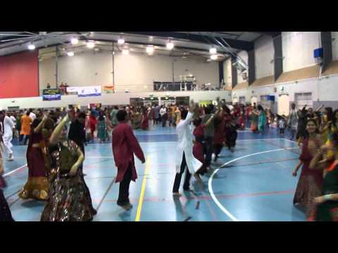 Atul Purohit In Brisbane Garba 2011 video