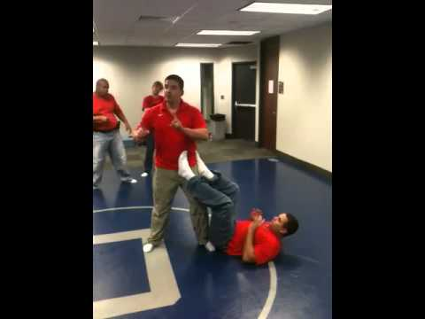 Police defensive tactics Image 1