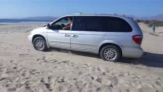 Chrysler Town and country 2001 AWD heading to the beach. пойдем на пляж grand voyager.