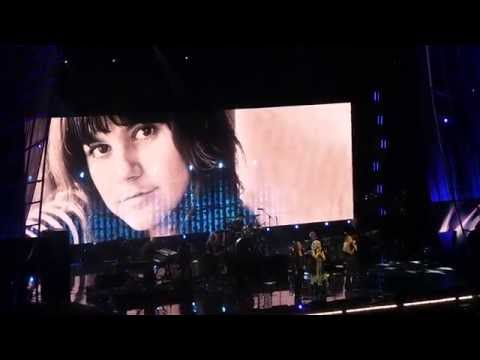 Different Drum Live Carrie Underwood 4-10-14 Rock And Roll Hall Of Fame Induction video