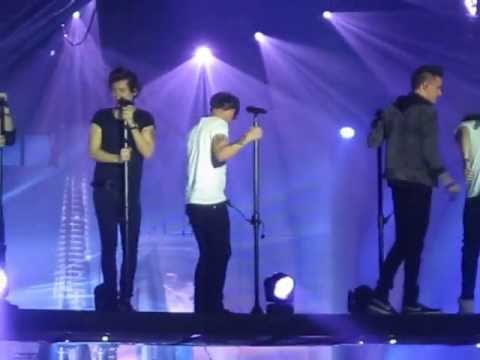 One Direction - Moments (Amneville 30.04.13)