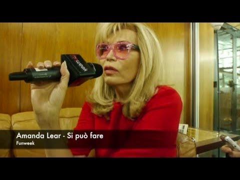 Si può fare – intervista ad Amanda Lear