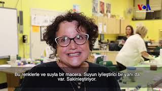 Beş Yıldır New York'ta Ebru Sanatını Öğretiyor
